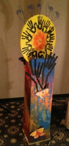De'VIA Totem (2013) made by a group of artists at the Olathe, Kansas De'VIA retreat